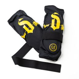 Draggin Knee Guards | Slip And Strap On Motorcycle knee guards