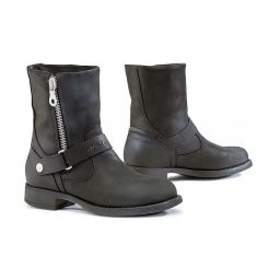 Forma Eva Boots | Women's Short Leather Biker Boots With Zipper