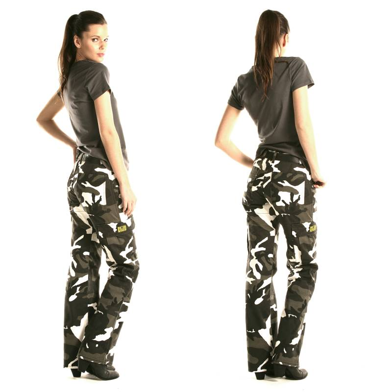 Draggin Women's Camo Cargo Pants